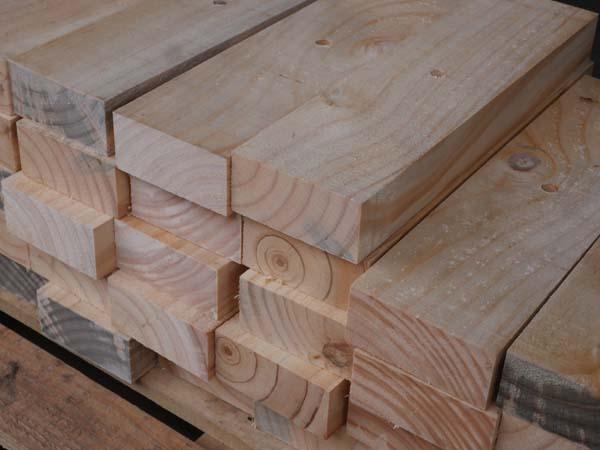 木製クランプ2個1セット 0.35M×45mm×96mm 中央に穴あけ加工1箇所   材質ニュージランドマツ