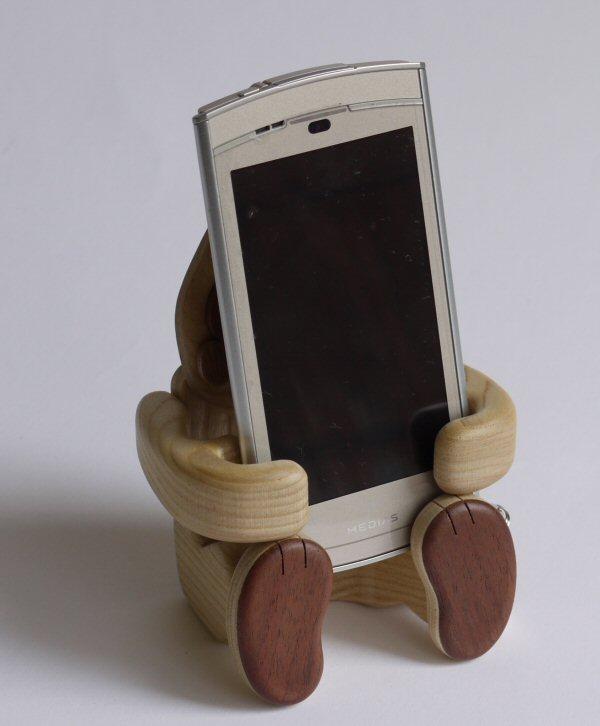 【木製雑貨】【木の携帯スマホ置き】 コング携帯スマートフォンスタンド