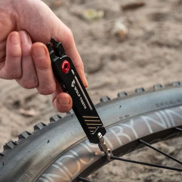 【特急】ウルフトゥース 8-Bit Pack Pliers マルチ携帯工具