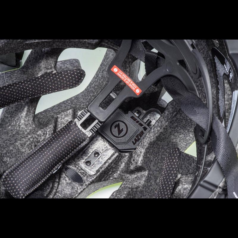 シマノレイザー センチュリー  AF アジアンフィット フラッシュイエローブラック ヘルメット LAZER レーザー