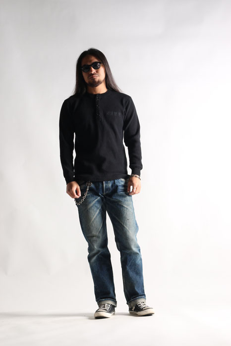 MR WR HENLY LONG TEE