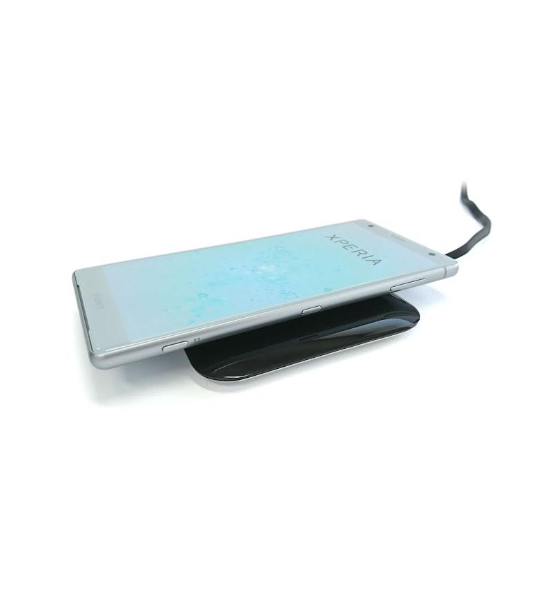 Futura X Turbo 10W Wireless Charging(ワイヤレス充電) Pad ブラック BZ11282