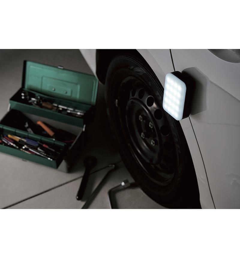 6700mAh 防災LED付 モバイルバッテリ 平型 ブラック DE-M21L-6700BK