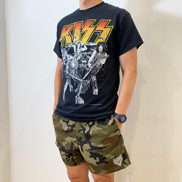 KISS ARMY X 地獄の迷彩カモフラー獣 ショートパンツ