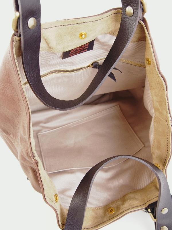 BIG MOUTH TOTE (大きなポケットのあるトートバッグ)