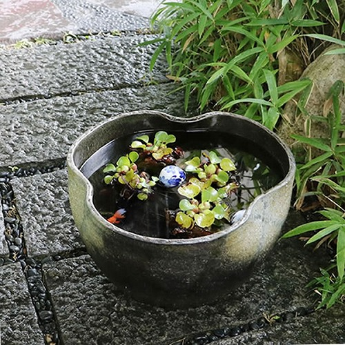 窯肌手ひねり水鉢