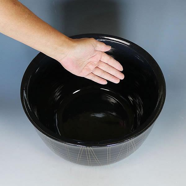 楕円型ブラック立線水鉢 信楽焼 金魚鉢、メダカ鉢にお勧め 陶器スイレン鉢 手水鉢 めだか鉢[su-0250]