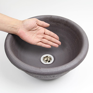 黒の流水手洗い鉢【小型サイズ】信楽焼き手洗器!陶器の手水鉢[tr-2113]