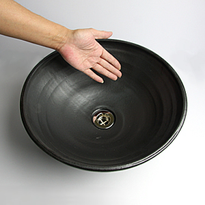 黒マット手ひねり手洗い鉢【小型サイズ】信楽焼き手洗器!陶器の手水鉢[tr-2034]