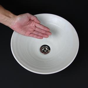 白マットソリ型手洗い鉢【小型サイズ】信楽焼き手洗器!陶器の手水鉢[tr-2019]