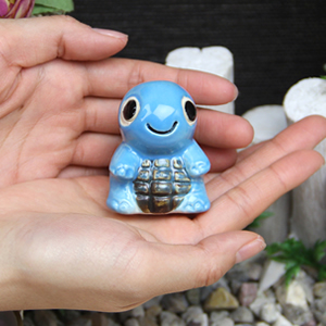 ミニ亀(青色)  信楽焼かめ置き物[ok-0074]