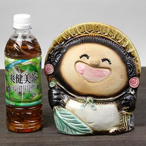 信楽焼きたぬき 笑福狸(メス) 陶器タヌキ[ta-0259]