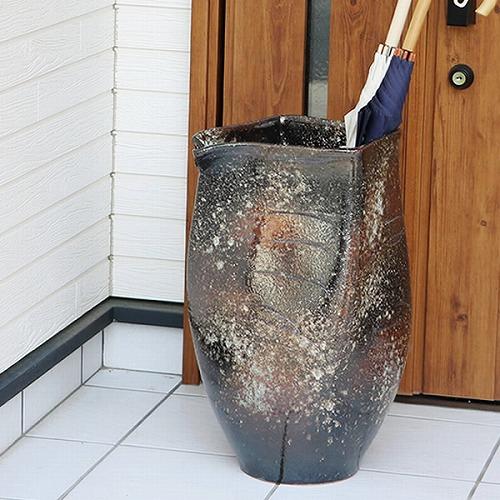 信楽焼きかさたて 黒吹き破れ傘立て 陶器かさたて [kt-0151]