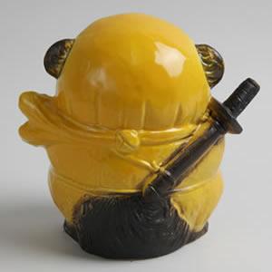 信楽焼きたぬき ドロン忍者狸(黄) 陶器タヌキ[ta-0085]