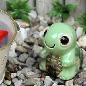 ミニ亀(緑色)  信楽焼かめ置き物[ok-0076]