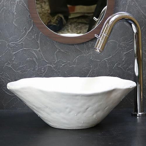 手ひねり変形手洗い鉢【小型サイズ】 信楽焼き手洗器 陶器の手水鉢 [tr-2250]