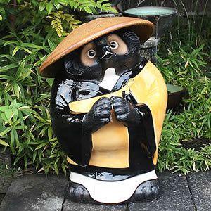 信楽焼きたぬき お坊さん狸特大 (和尚たぬき) 合掌型 陶器タヌキ[ta-0105]