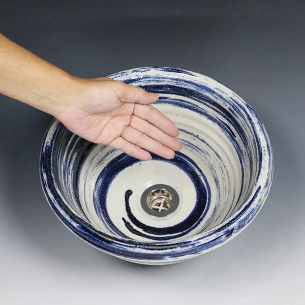 青はけ目 手洗い鉢【小型サイズ】 信楽焼き手洗器 陶器の手水鉢 陶器 丸型 据置き、埋込み兼用タイプ [tr-2265]