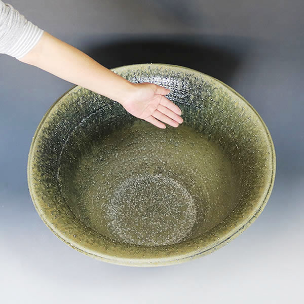20号手ひねり水鉢 信楽焼 金魚鉢、メダカ鉢にお勧め 睡蓮鉢 スイレン鉢 手水鉢 陶器 [su-0245]