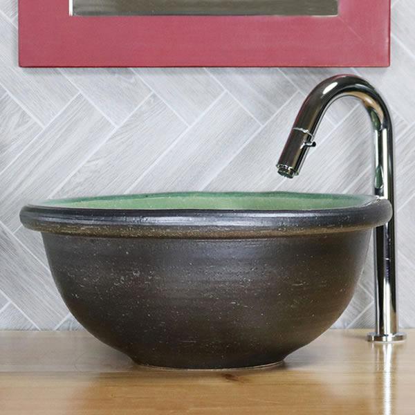 緑ガラス(中型) 手洗い鉢 信楽焼き手洗器 陶器の手水鉢 陶器 丸型 据置き、埋込み兼用タイプ [tr-2269]