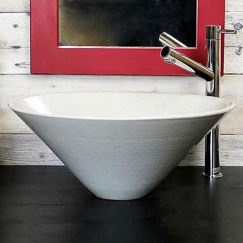 白斑点手洗い鉢 【中型サイズ】 信楽焼き手洗器! 陶器の手水鉢 [tr-3234]