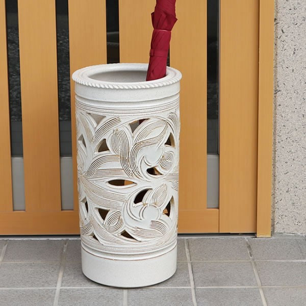 信楽焼きかさたて 白唐草透かし彫り傘立て 陶器[kt-0161]