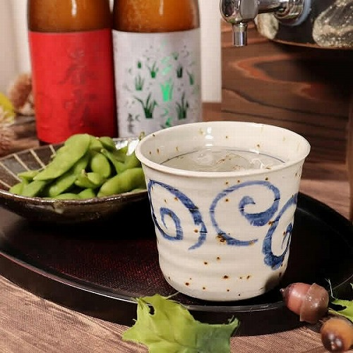 信楽焼 水面唐草(青) 焼酎カップ