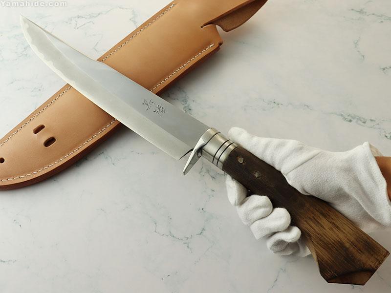 .岩井 丈 作 黒猪ブランド 剣鉈 磨 8寸(240mm)白紙割込 革鞘,Takeshi Iwai (Kuroshishi) Custom Knife