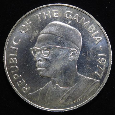 【外国銭】 ガンビア ツチブタ 40ダラシ銀貨 1977年 (未使用)