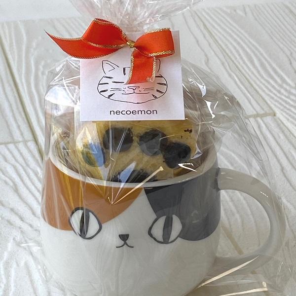 肉球マドレーヌ4種 三毛猫マグカップ 焼き菓子詰め合わせ