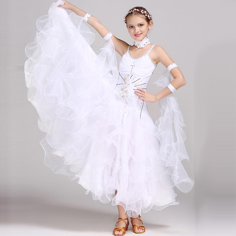 子供用 社交ダンス衣装 ドレス キッズ ワンピース 女の子 白 ホワイト ピンク 緑 グリーン 赤 レッド Aライン キャミソールワンピース ノースリーブ 上品 キレイ かわいい 華やか ゴージャス 豪華 キラキラ フリル シフォン ダンス大会 競技用 ワルツ ラテンダンス衣装