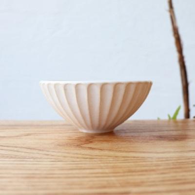 萩焼 しのぎ飯碗 小 (ホワイト・ライトブルー)