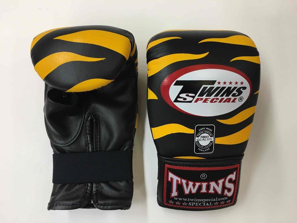 TWINS パンチンググローブ Tiger Black/Yellow