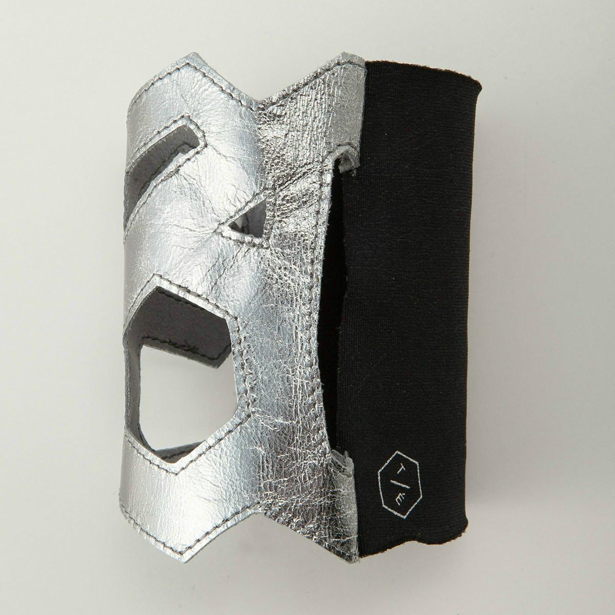 BIYUTE パームカフ ハンドアクセサリー ビユテ手袋に重ねつけ カットワーク型 コーディネイト用 全3色