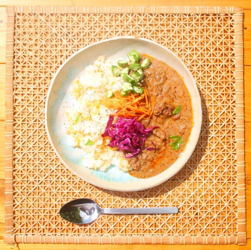 与論島モーミャーカレー[お得ギフトset] トマトココナッツ&スパイシーひき肉&贅沢ごろごろ肉