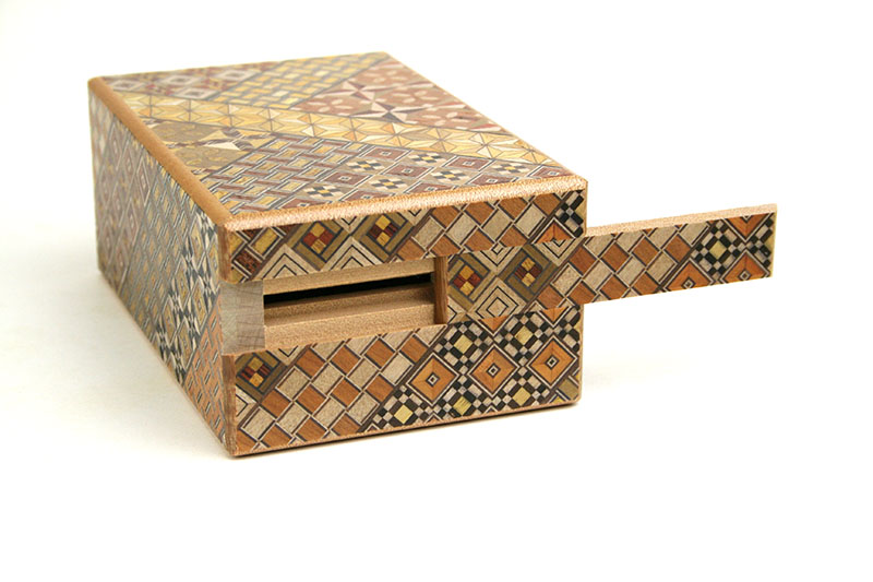 秘密箱7回仕掛け 5寸 貯金箱