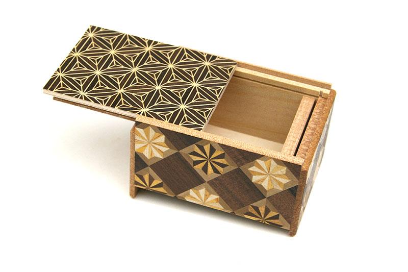 秘密箱4回仕掛け 3寸 八重麻