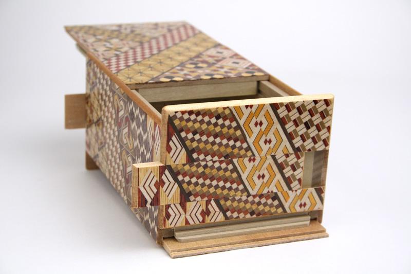 秘密箱27回+1仕掛け 5寸 小寄木 限定版