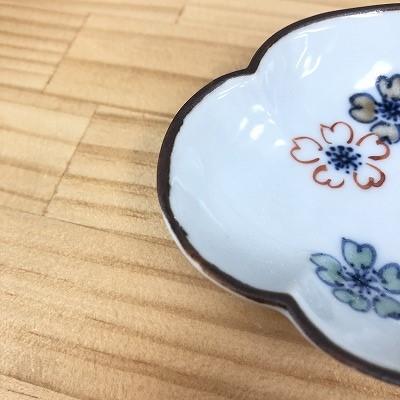 木瓜豆皿(色絵桜)