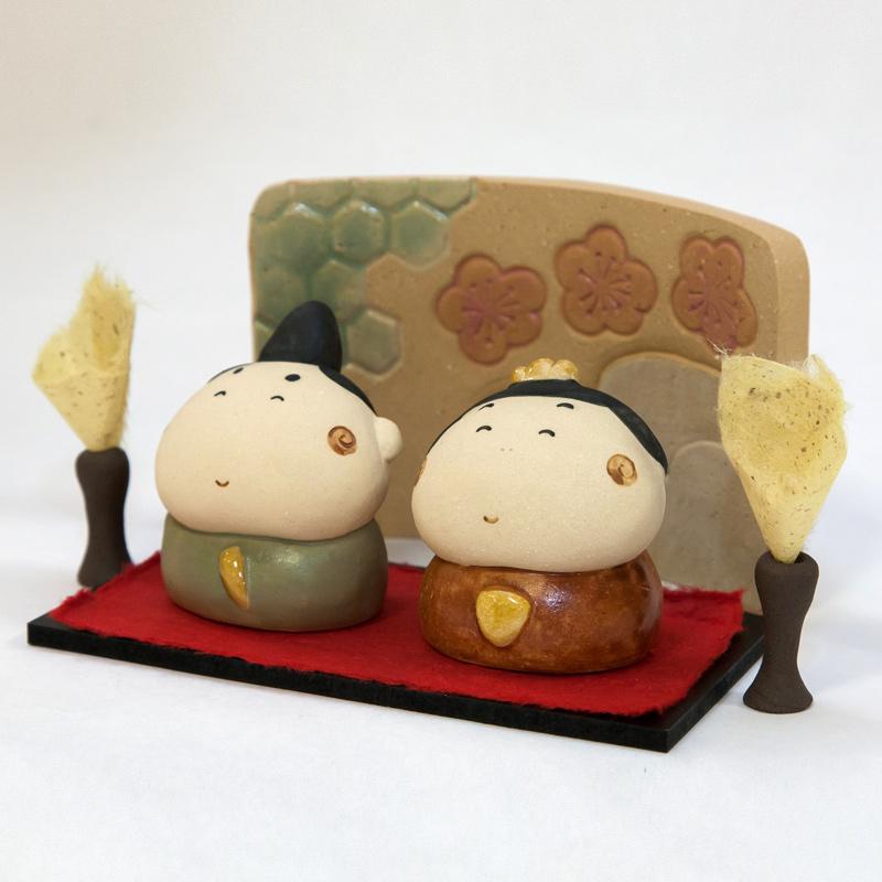 【ひな人形】常滑焼 ほのぼの雛セット(あかり付)P-151【サバイディー 羽田桂子】