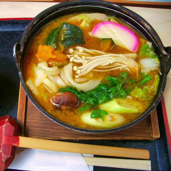コクとうま味のみそちゃんこ鍋スープ