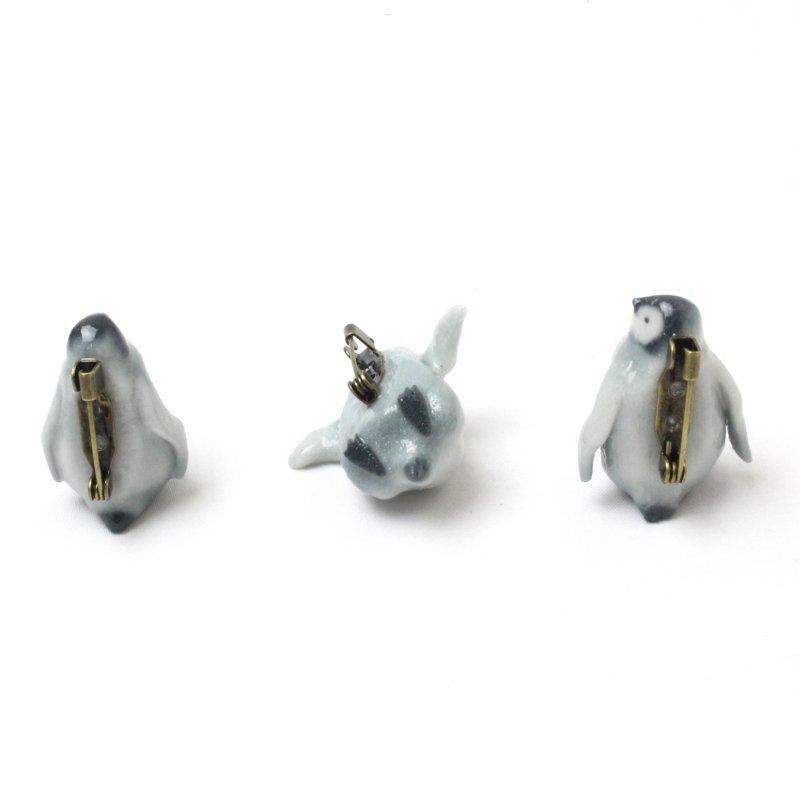 ペンギンヒナ ブローチ
