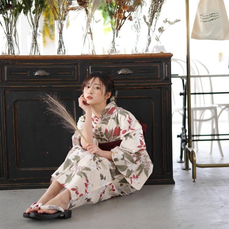 浴衣3点セット utatane 古典柄 レトロ アンティーク 系 牡丹 ベージュ 系