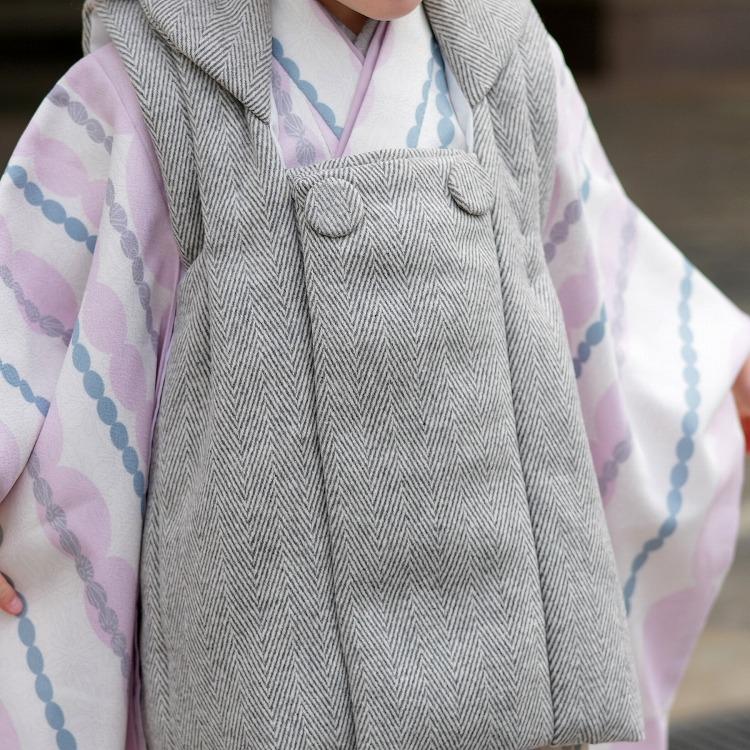 ひよこ商店 女児(3歳)七五三 着物 被布セット 古典柄 レトロ アンティーク系 ストライプ アイボリー系