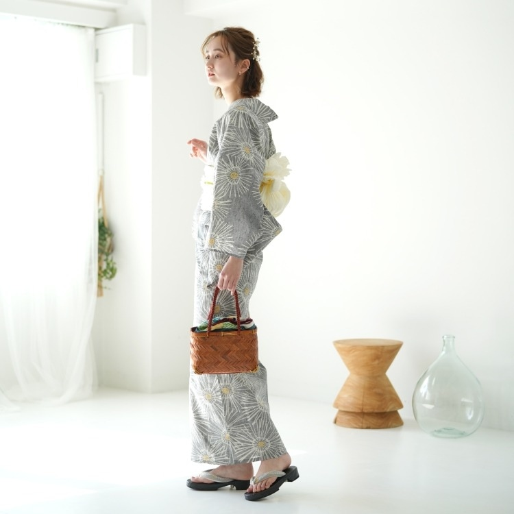 utatane 浴衣3点セット(F)注染-本染め 古典柄 レトロ アンティーク系 菊 グレー系