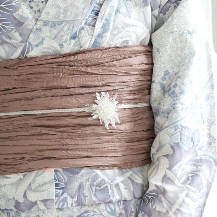 浴衣3点セット ニコアンティーク 艶やか 派手 系 薔薇 ベージュ 系