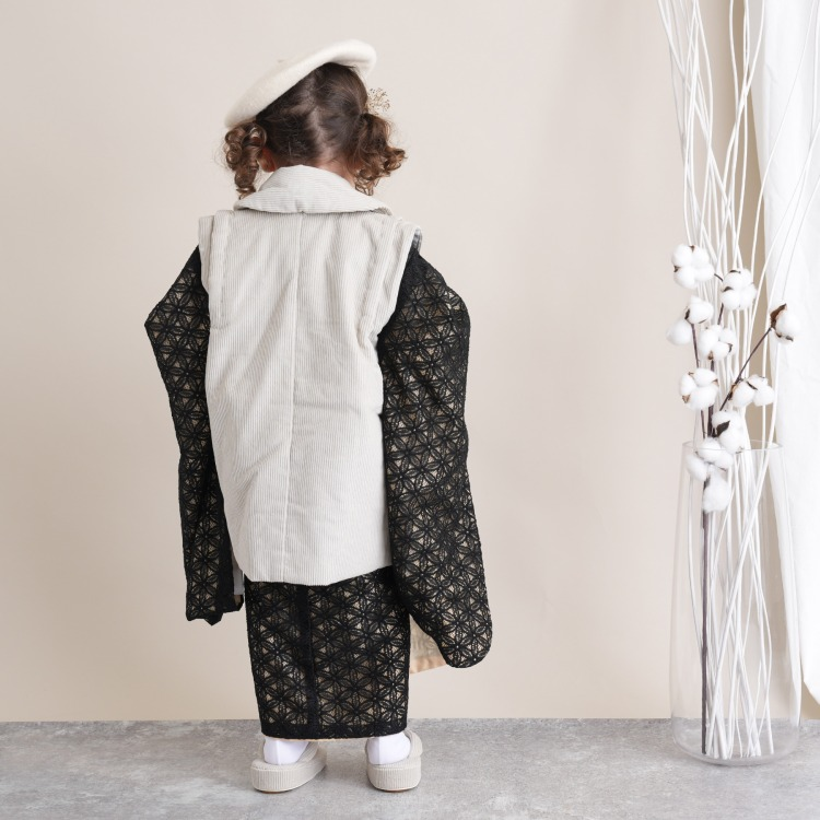 utatane 女児(3歳)七五三 着物 被布セット 華やか 可愛い系 レース 黒系
