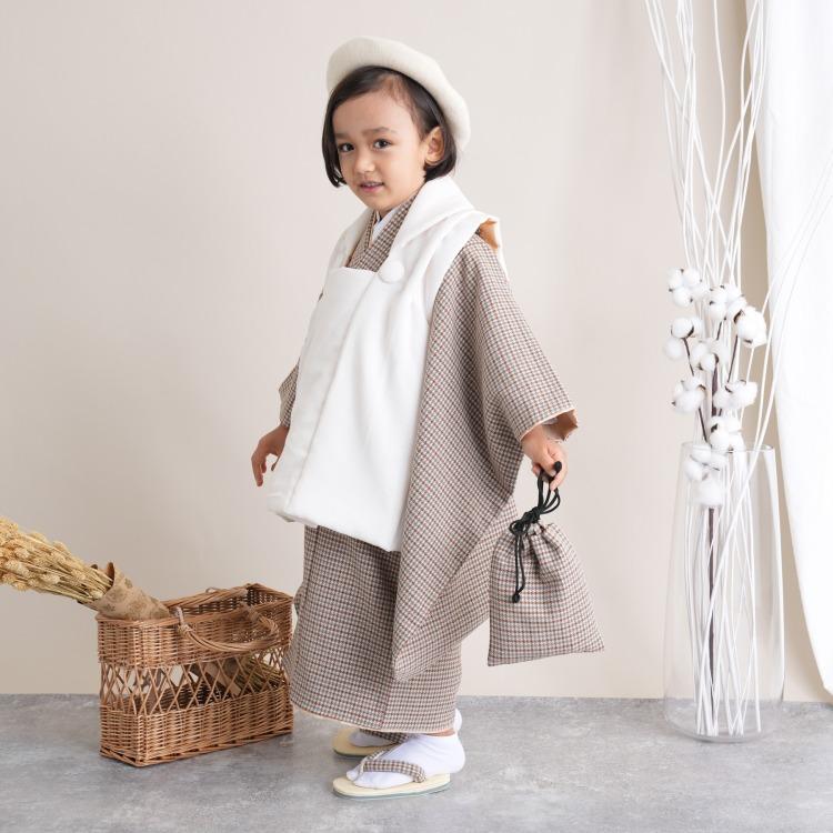 utatane 男児(3歳)七五三 着物 被布セット 古典柄 レトロ アンティーク系 千鳥格子 茶系