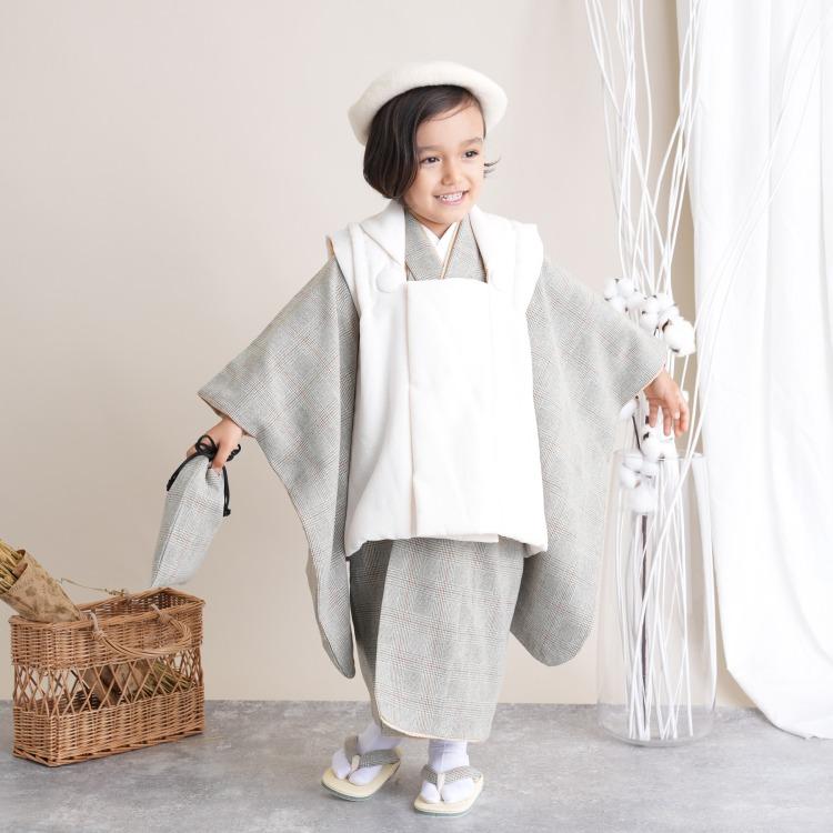 utatane 男児(3歳)七五三 着物 被布セット 古典柄 レトロ アンティーク系 グレンチェック グレー系