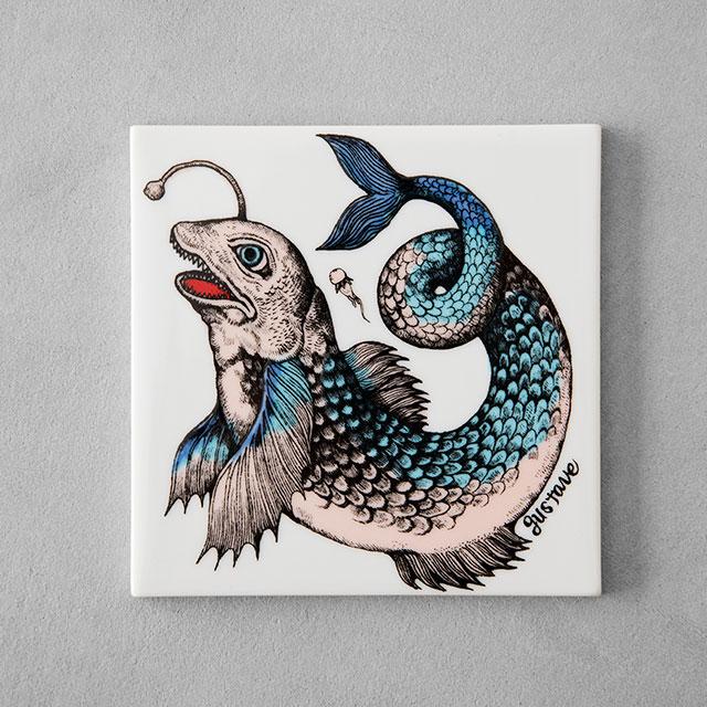 陶板 怪魚